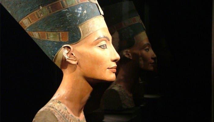 La Gran Esposa Real Nefertiti