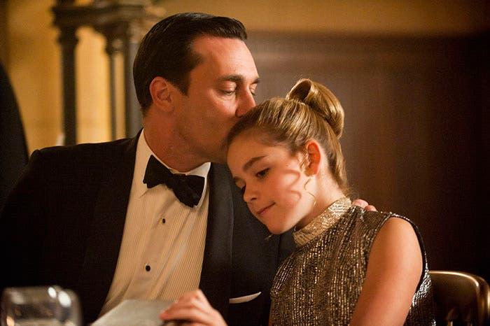 Padre e hija en la serie