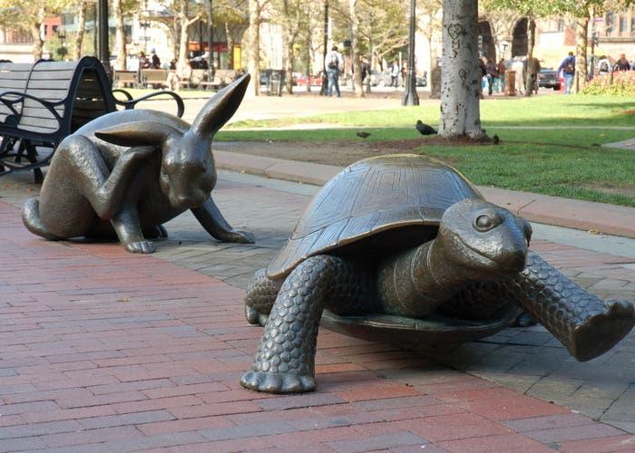 La fábula de la liebre y la tortuga, de Esopo