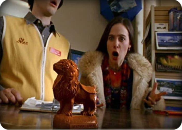 Wonderfalls (2004)